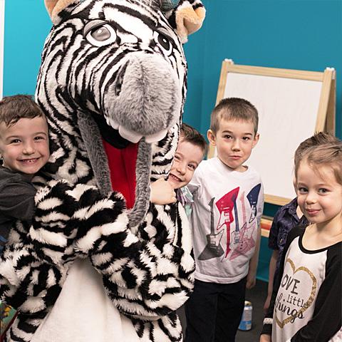 Photo - Forfait mascotte pour une fête d'enfant avec Rigolo